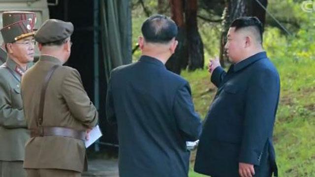 """""""美国非常愤怒,韩国失败了"""" 特朗普就日韩闹掰罕见表态"""