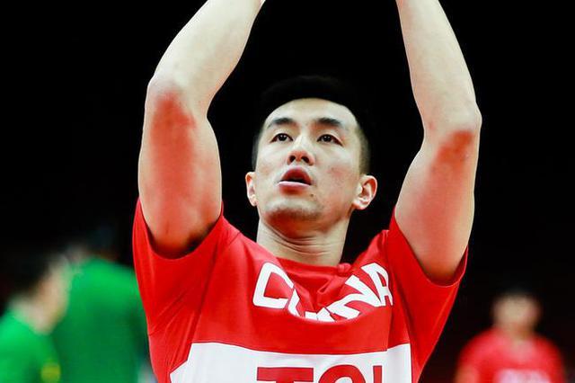 李楠最不愿意看到的一幕发生了:郭艾伦手指受伤退赛