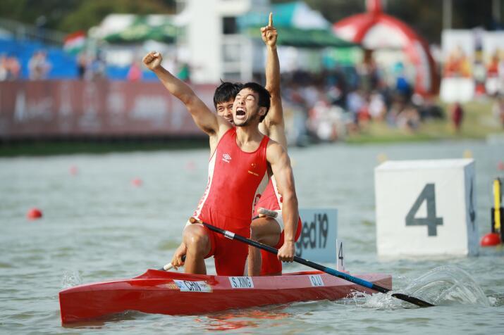 <b>中国皮划艇摘世锦赛首金 男子双划1000米获东奥资格</b>
