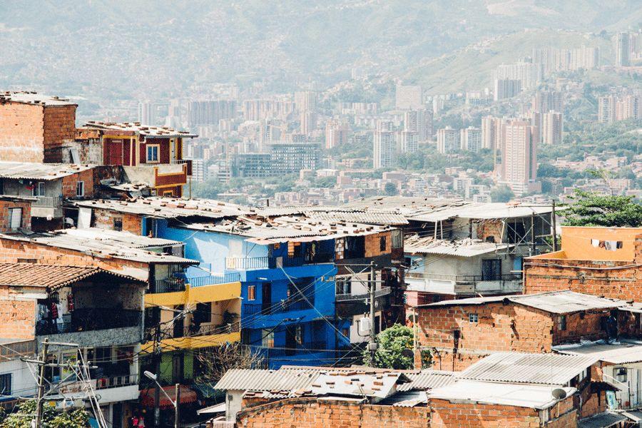 女博士卧底贫民窟,揭露了世间最残酷真相:你没穷过,你