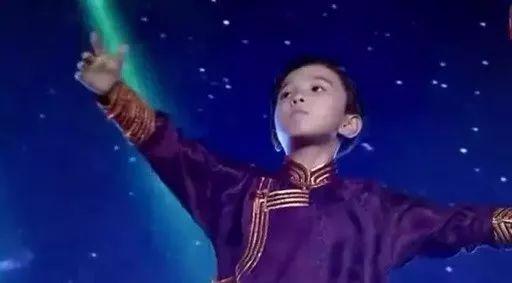 9岁的海谷勒一首《希格希日》舞台范儿十足,嗨翻全场!