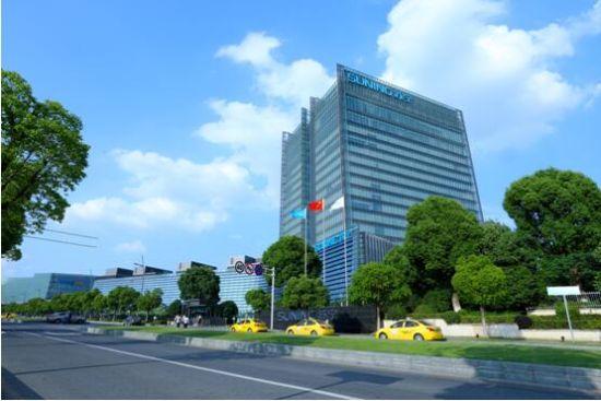 中国民企500强榜单出炉 苏宁蝉联互联网零售第一