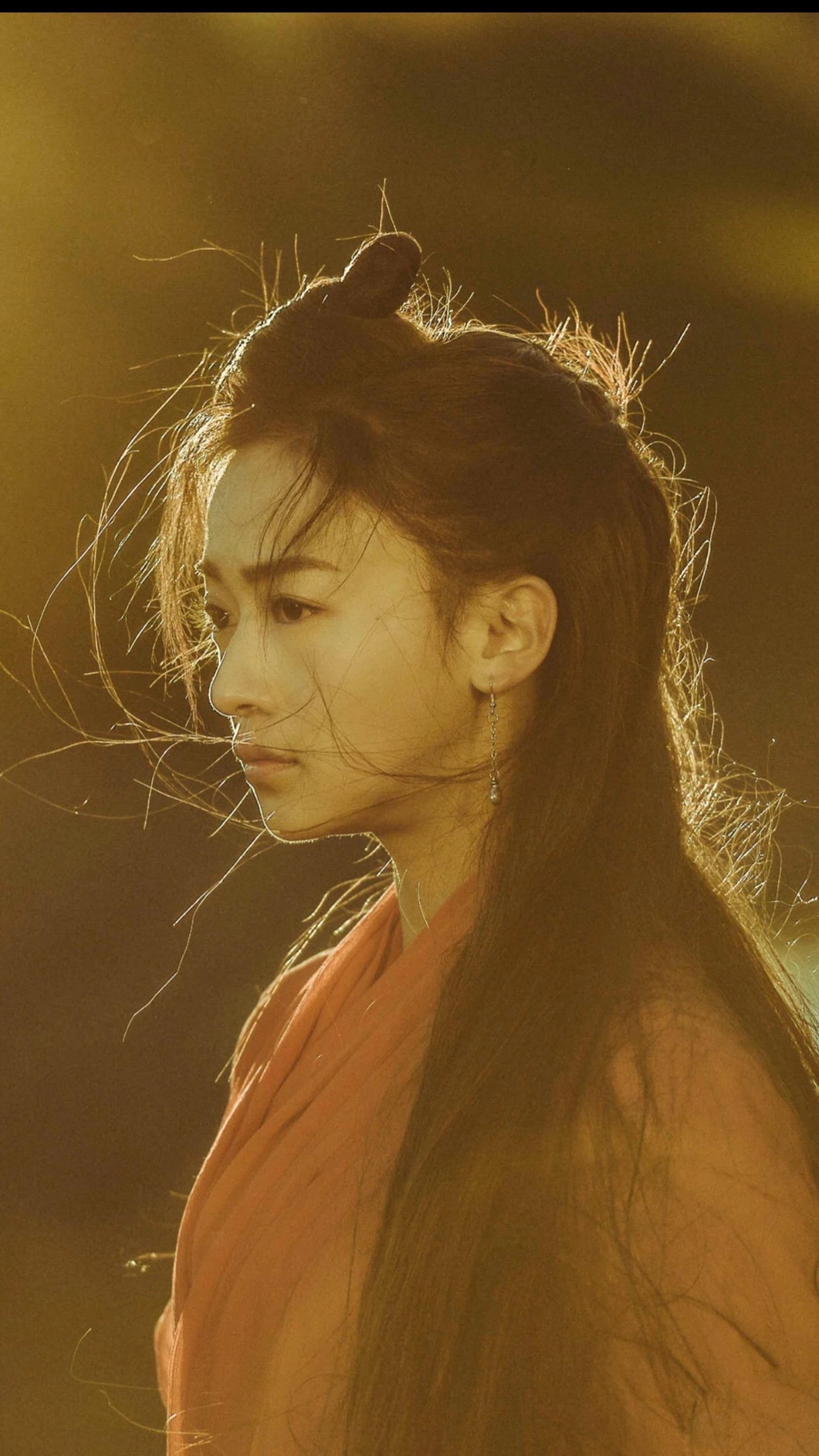 于正导演最新捧的几位女艺人,吴谨言颜值只能算一般
