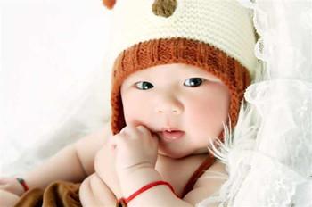 给小宝贝剪指甲的注意事项,牢记这几点!