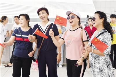 大型公益歌曲《我们》在郑州录制
