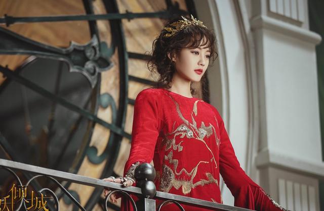 """多才多艺的她,曾饰演过黄蓉,还被于正称为下一个""""杨幂"""""""