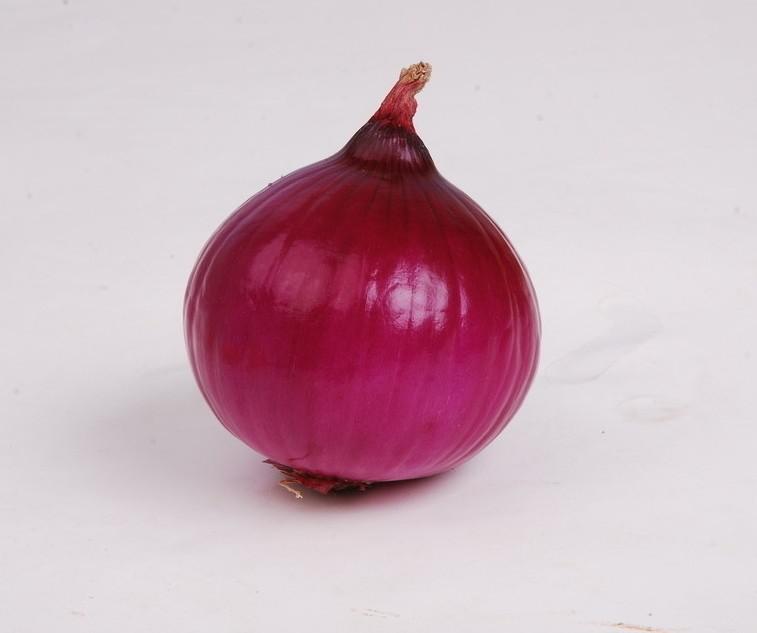 洋葱是血管的清道夫,也是天然的抗生素,但三类人却一口都不要碰