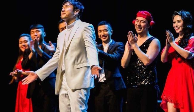 兴起的脱口秀剧场将取代开心麻花和德云社成为年轻人的消费主流 竞争