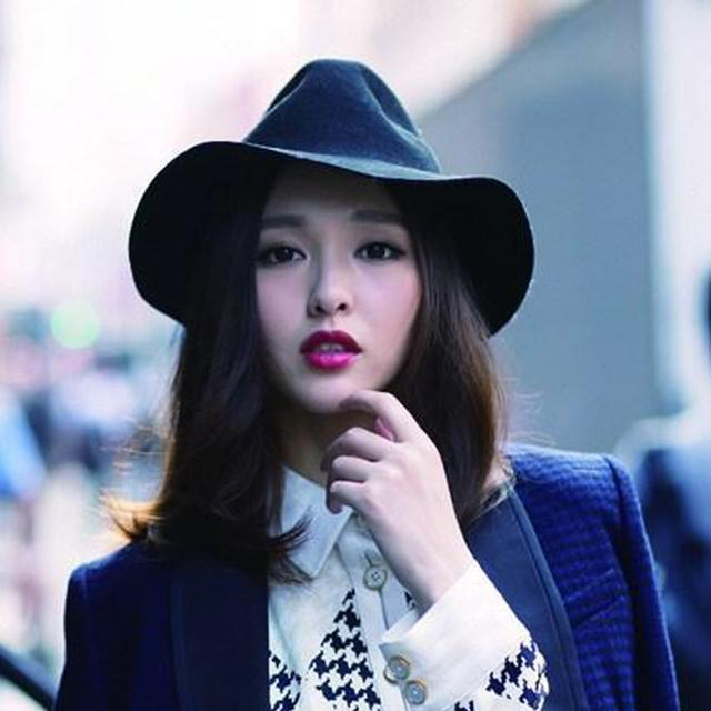 鞠婧祎,精致有仙女范!帽子打扮出4种女神范,超吸睛插图(4)