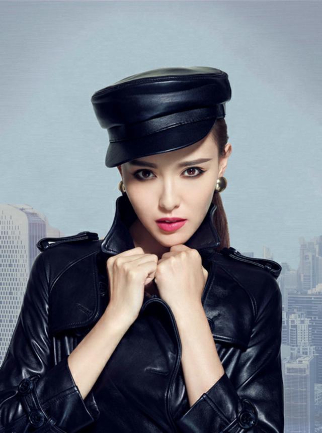 鞠婧祎,精致有仙女范!帽子打扮出4种女神范,超吸睛插图(5)