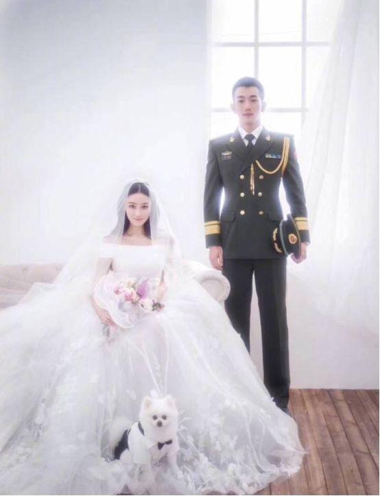 张馨予婚后一年准备复出,晒代言美照秀美腿,还将与李易峰合作?