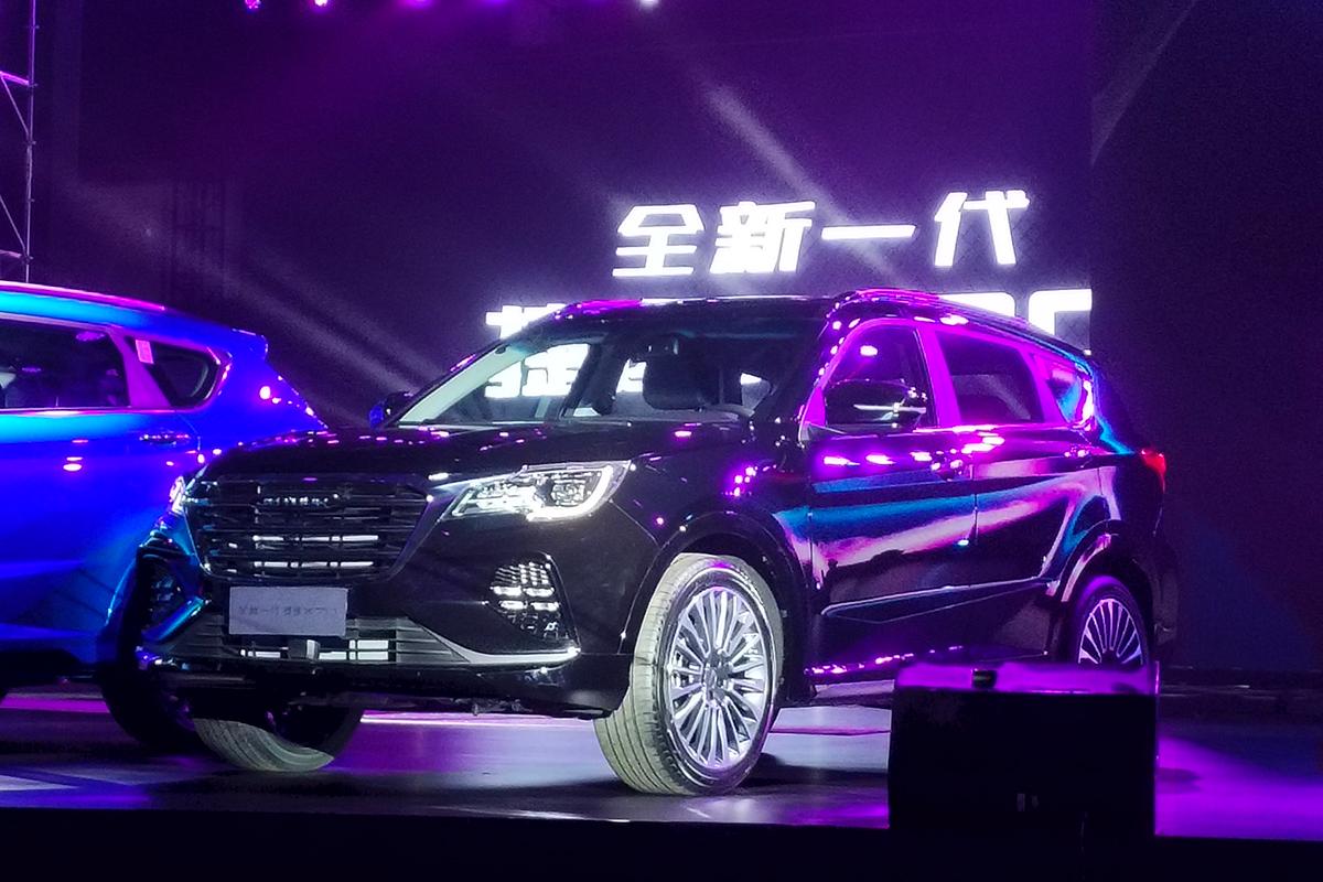 原厂外观和内部调整新款捷威X70上市价格为699-1209万元