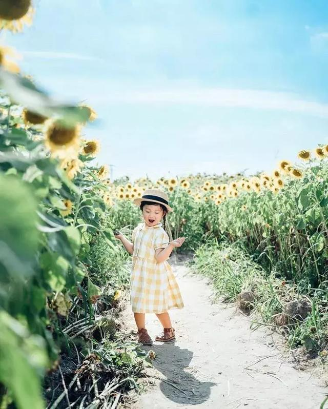 日本妈妈拍下女儿的春夏秋冬,美哭无数人:又想骗我生女儿