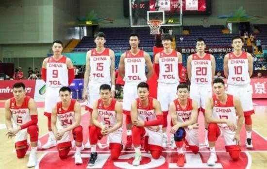 17战9胜8负!世界杯32队排名第一,中国男篮这差距也太大了吧