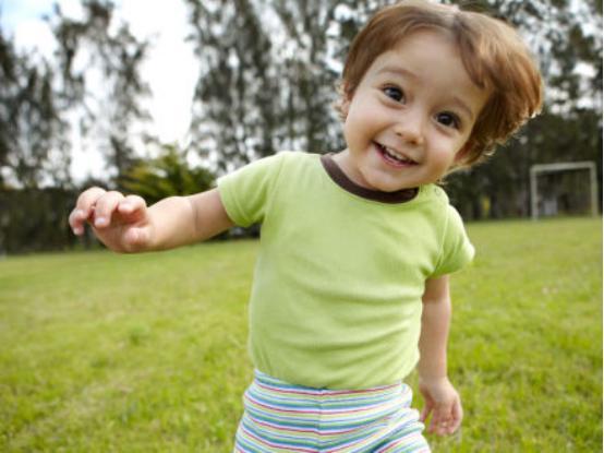"""孩子""""人小腳大""""是要長高個?別想得太簡單,這些才是長高的預兆"""