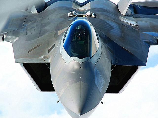 2019世界战机排行榜_美解禁F 22战机派往中国后院 先进战机扎堆冲绳