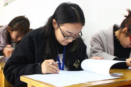 托福备考:听力考试没有一个好的心态成绩怎能上升?