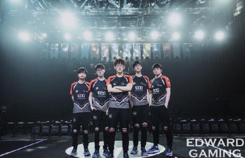 六年首次无缘世界赛,EDG被网友喷惨,jiejie的发挥让人失望透顶