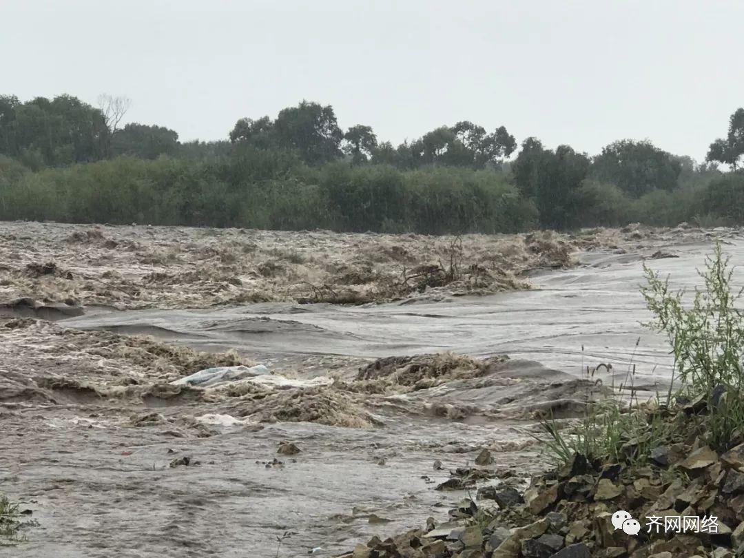 齐市昨发布暴雨黄色预警 降雨量50mm以上 致敬逆流而上的你们