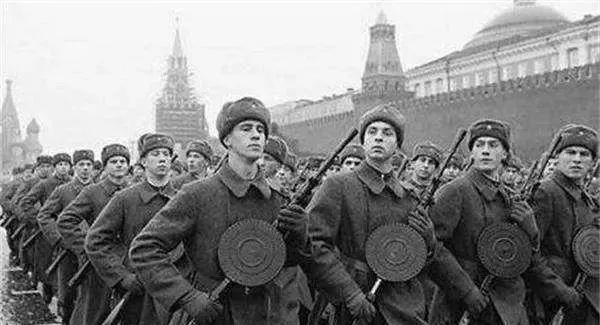 莫斯科保卫战五大真相,欺骗世人几十年,事实让人大跌眼镜