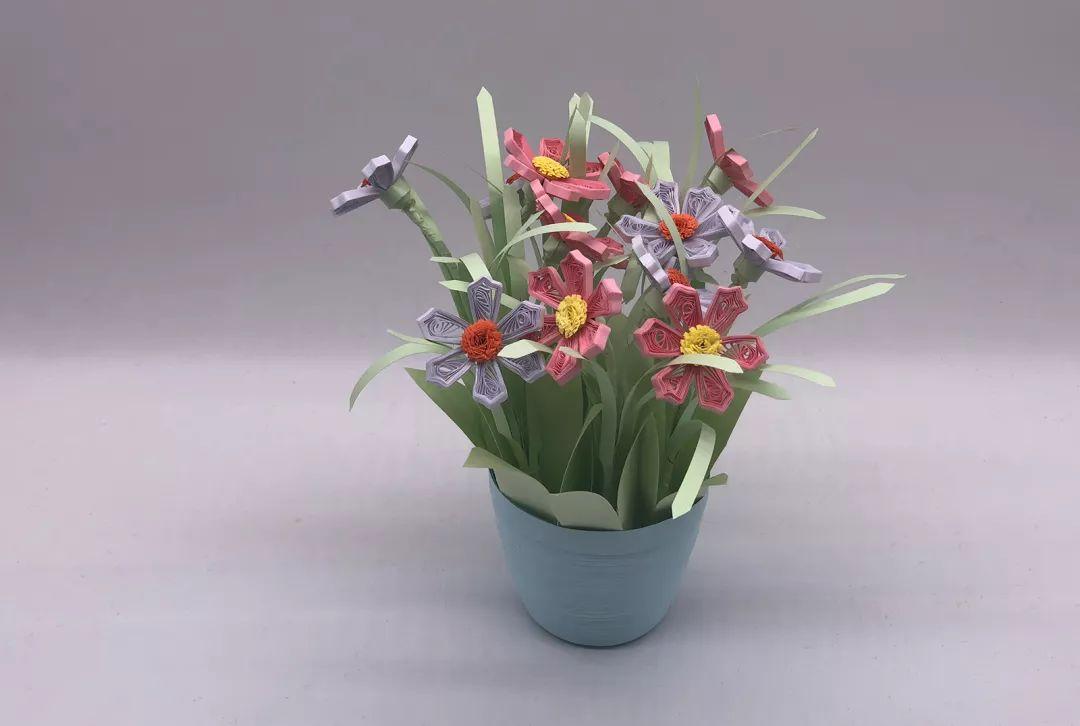 教你手工制作衍纸立体花盆,喜欢立体手工的你,不要错过哟!