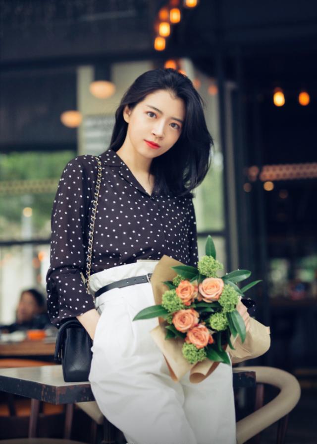交替季如何穿出优雅女人味?时尚博主分享30个搭配技巧,超实用!