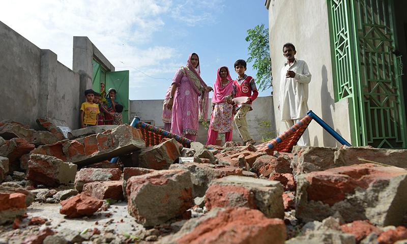 2死4伤!印巴再交火 伤及克什米尔相对安全区平民