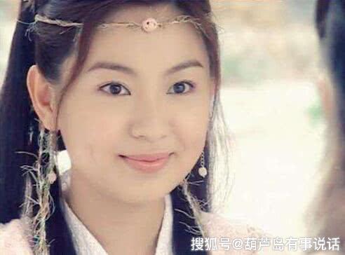 她是新加坡甜姐,搭档苏有朋成名,出道22年无绯闻,如今被遗忘