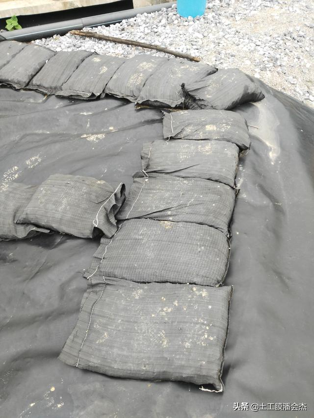 城地垃圾处精美场防老化编织袋压盖土工膜5材料都不坏