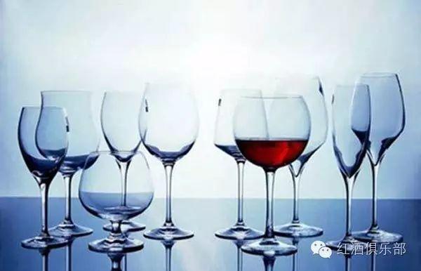 一次性掌握的技能:品鉴葡萄酒的5大专业工具