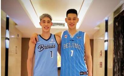 林书豪深情告别NBA,期待在北京创造历史