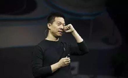 贾跃亭了偿超30亿美元国外债务,苹果回应Siri泄漏隐私,巴菲特谈Costco的机密