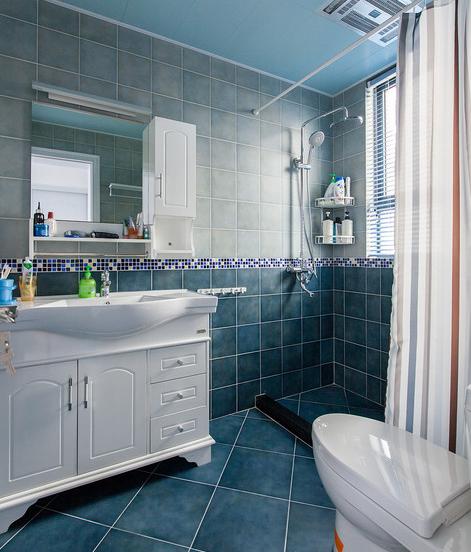 卫生间吊顶用铝扣板还是防水石膏板?看完第一点,销售坑不了你!