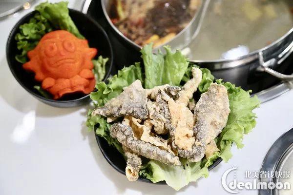 肉棒愹i�yi�z�y�'�f_海鲜拼盘有够丰盛,大虾,鱿鱼,生蚝,蛤蜊,蟹肉棒子,满满一大盘,价钱