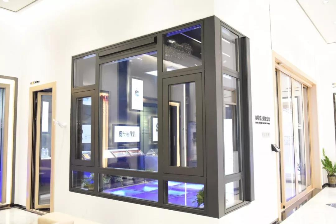 高端门窗展厅新产品