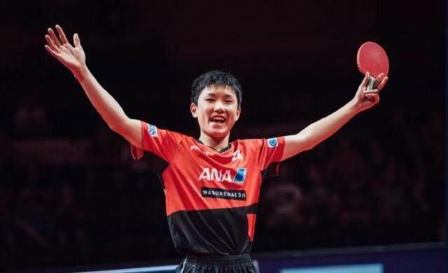 光荣!华裔天才运动员退出日本队为中国出战,赢得一片欢呼