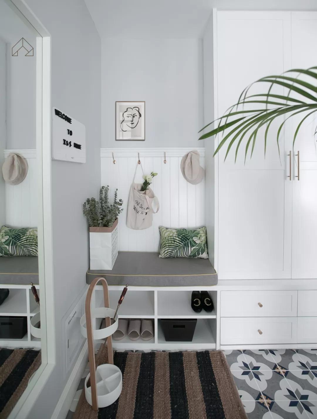 小户型玄关这样设计收纳美观两不误小空间也要精心设计 浪漫满屋