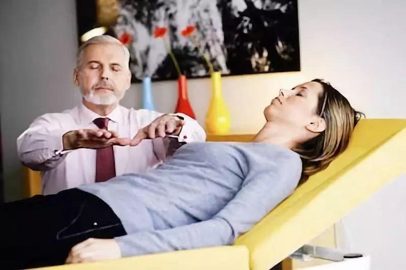 幸福课堂 西安国际注册催眠师直通班 让你切实掌握催眠实操技能