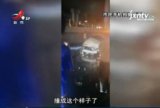 南昌:老福山立交桥今日凌晨2起坠桥事故 2人死亡