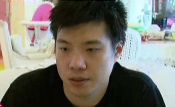 黄毅清被捕最受关注的不是前妻黄奕,李小璐却因这两原因频上热搜