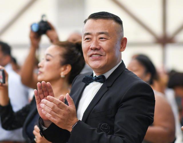 黄毅清被批捕过后,周立波不骄不躁,积极备战海外复出之演