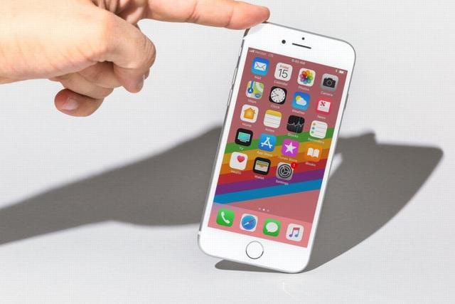 喜讯!iPhone换电池不再昂贵,苹果第三方维修商「一夜转正」