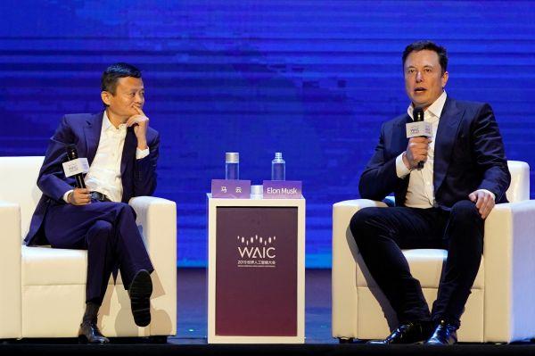 特朗普号令美企撤出中国之际 他却再度离开上海——