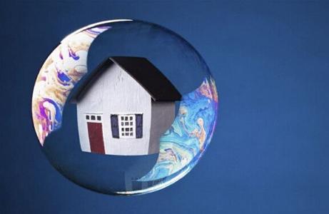<b>房地产市场从王者降为青铜? 有小房企没融到一分钱</b>