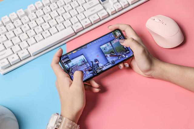 它居然不是游戏手机?带你探索iQOO Pro 为何那么强
