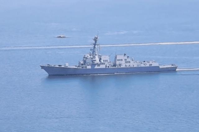 美舰在南海遭遇险,刚进12海里雷达就失灵,美舰长抱怨白宫在玩火