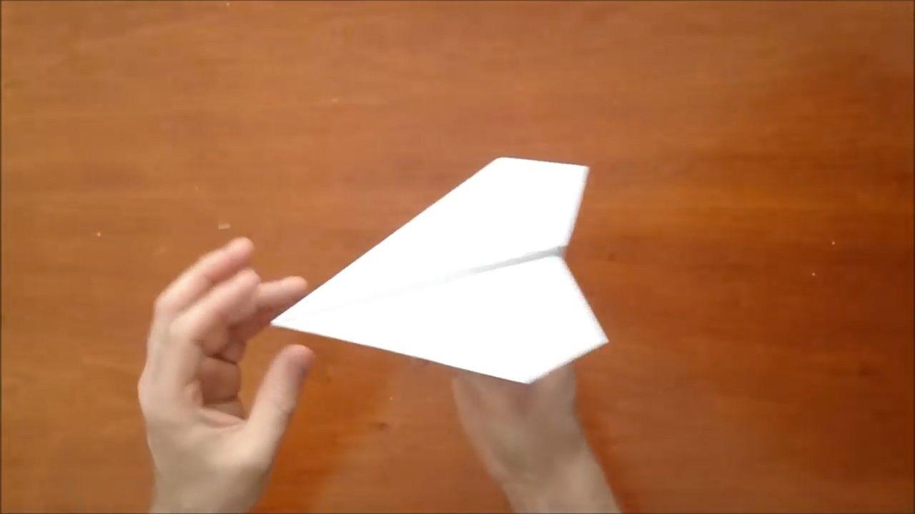 """民间""""牛人""""制作纸飞机,看到内部结构后,就知碰了赔不起图片"""