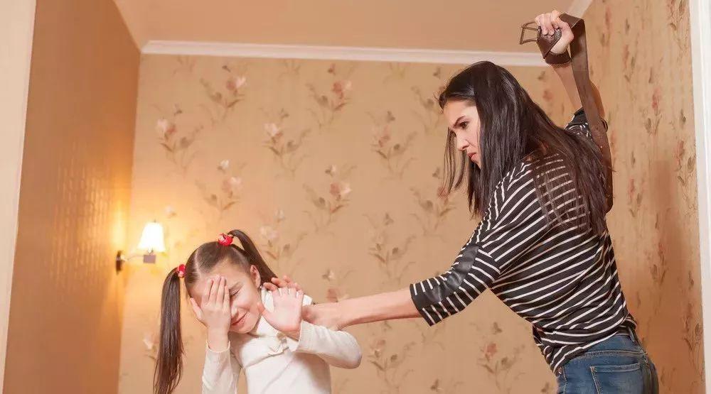孩子犯错,欧美国家流行的「Time Out」管教法,真的更管用吗?