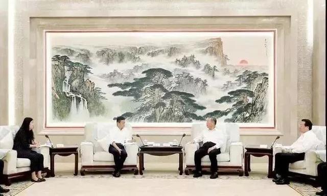 山东省委书记,省长会见马云!这是对青岛的影响