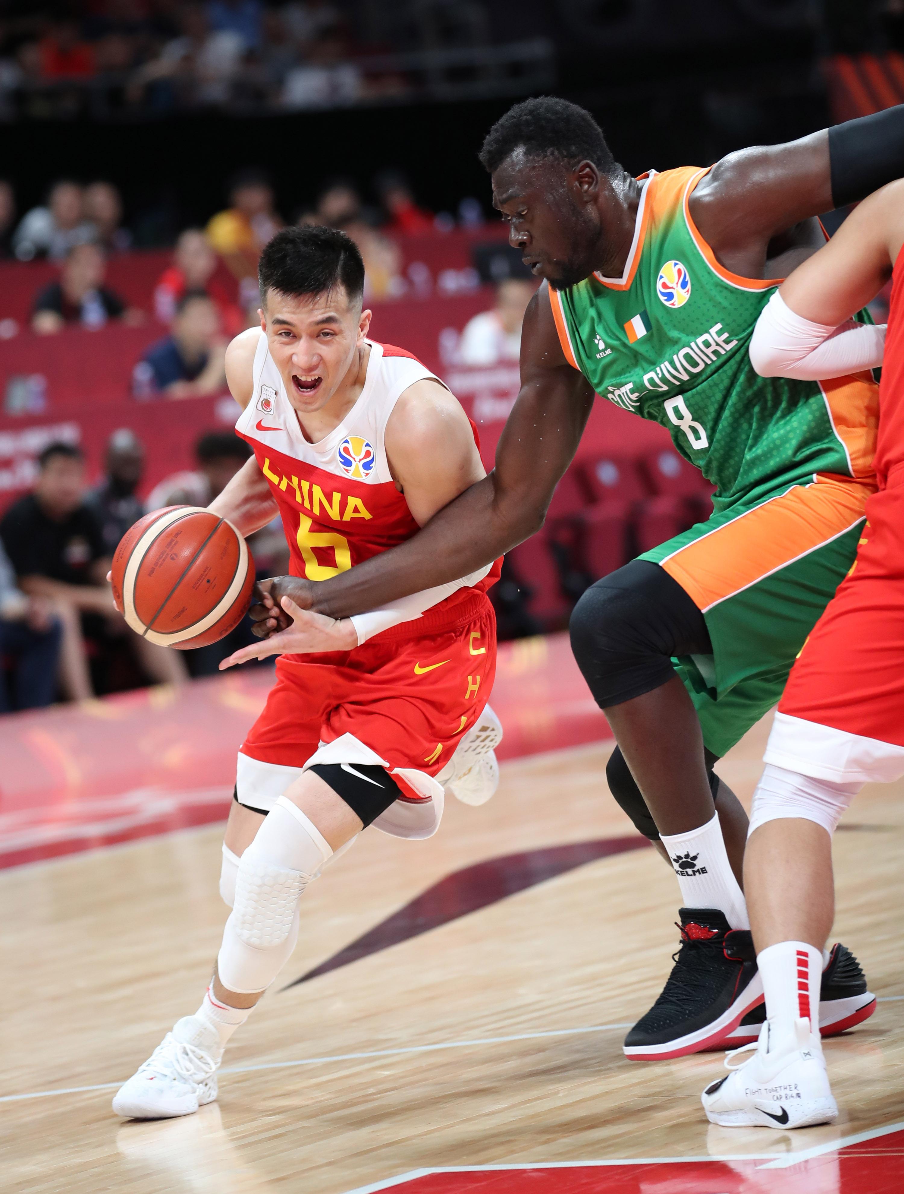 中国篮球_篮球——小组赛:中国队胜科特迪瓦队_比赛